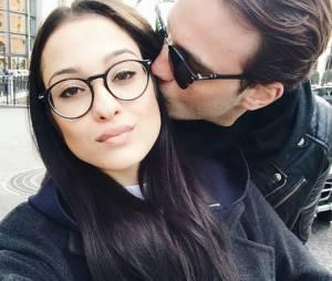 Julien Sznedjderman (Secret Story 6) présente sa nouvelle petite amie