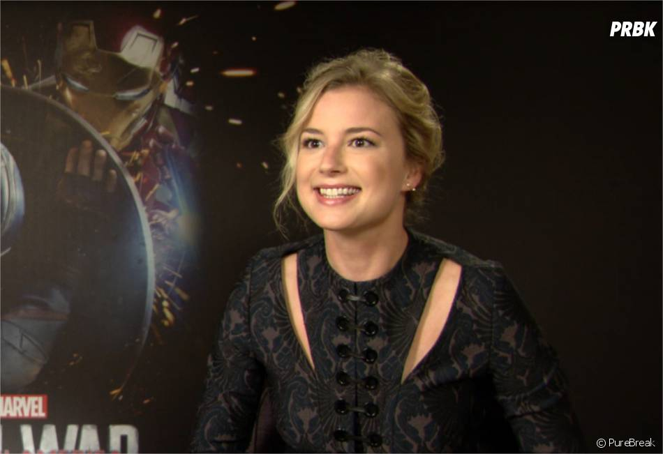 Emily VanCamp passe le test des super-héros en interview pour PureBreak