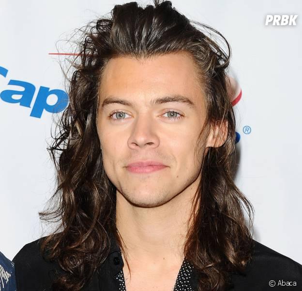 Harry Styles ne ressemble plus à ça...