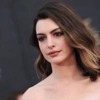 Anne Hathaway clashe les Kardashian et provoque la colère des fans