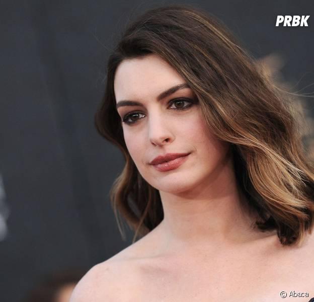 Anne Hathaway VS les Kardashian, le clash ?