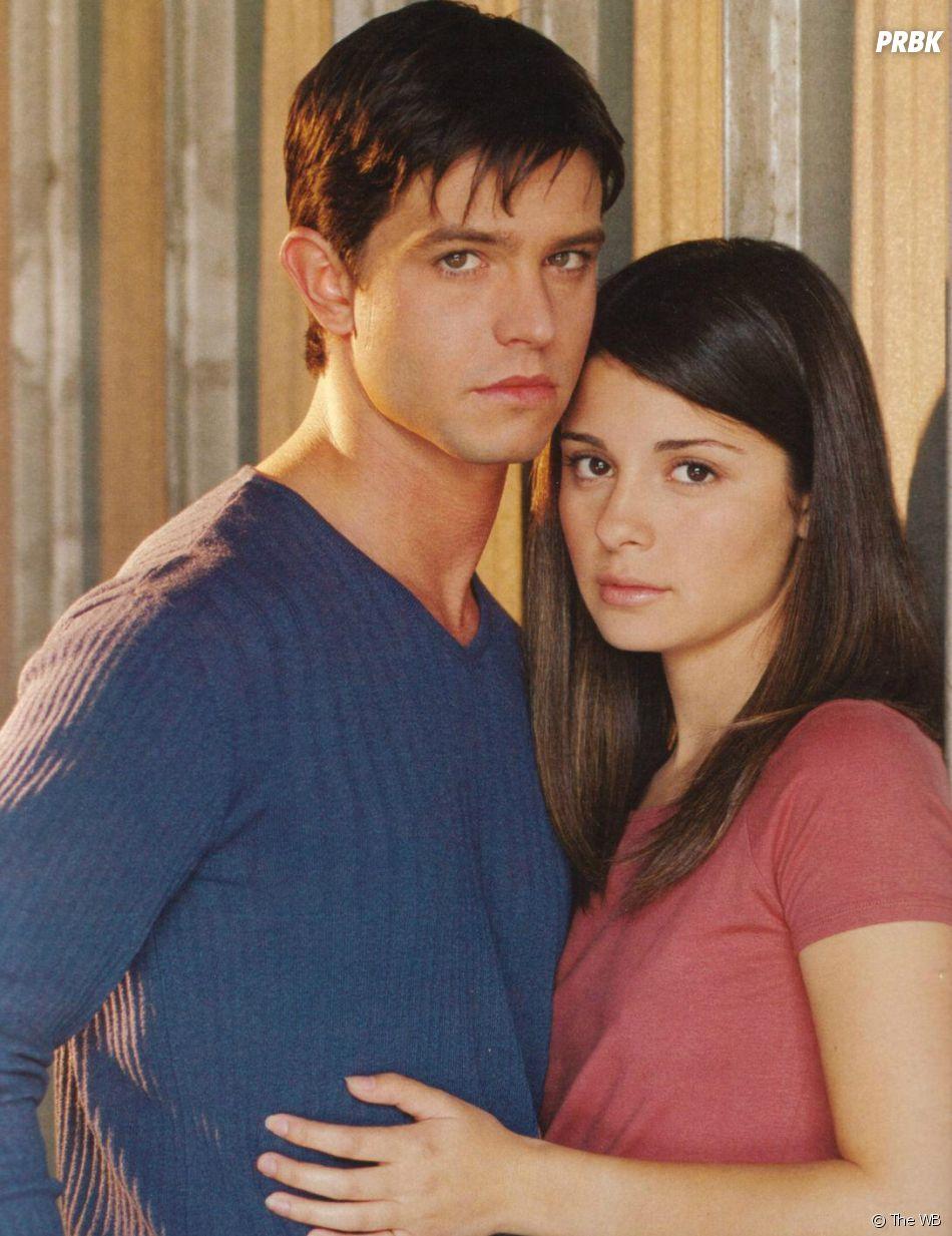 Roswell : Shiri Appleby et Jason Behr en 1999