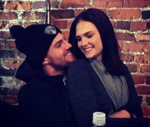 Stephen Amell et Cassandra Jean : un faux mariage ?