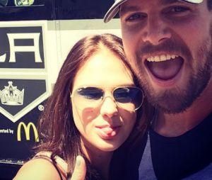 Stephen Amell est marié à Cassandra Jean depuis 2012