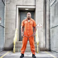 Fast and Furious 8 : Dwayne Johnson en prison ? Nouvelle image du tournage