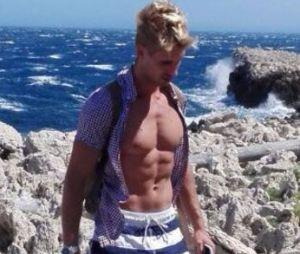 Benoît Dubois à moitié nu : son torse musclé fait grimper la température !