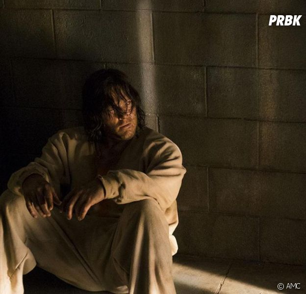 The Walking Dead saison 7 : Norman Reedus (Daryl) a-t-il réellement mangé de la pâtée pour chiens ?
