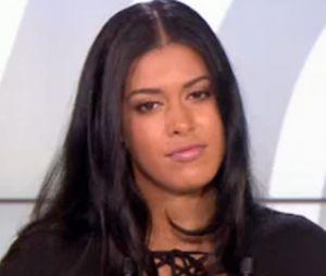 """Ayem Nour règle ses comptes avec Matthieu Delormeau : elle avoue l'avoir griffé parce qu'il aurait eu """"des gestes déplacés et violents""""."""