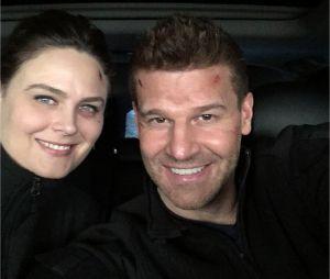 Bones saison 12 : David Boreanaz et Emily Deschanel sur le tournage du dernier épisode