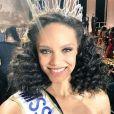 Alicia Aylies (Miss France 2017) est belle maquillée et au naturel !