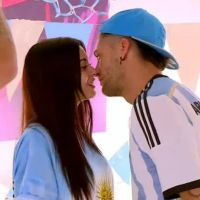 Paga (Les Marseillais South America) embrasse Manon et choque les candidats !