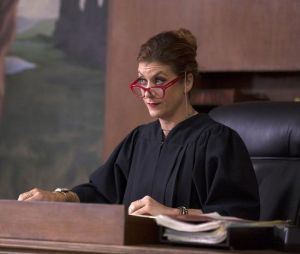 Kate Walsh dans la série Bad Judge