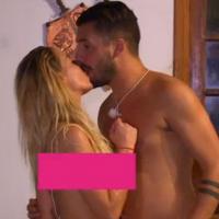 Hillary (Les Marseillais South America) et Kevin en couple, Carla et Julien s'embrassent