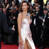 Bella Hadid : sa culotte s'invite (encore) à sa montée des marches au Festival de Cannes 2017