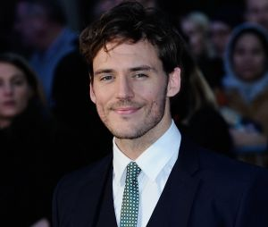 Sam Claflin parle du body-shaming à Hollywood