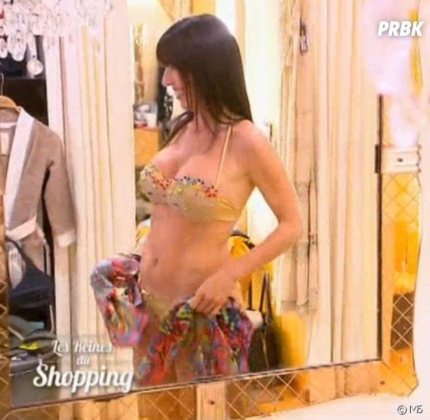 Les Reines du shopping : une candidate ultra sexy en bikini crée le buzz !