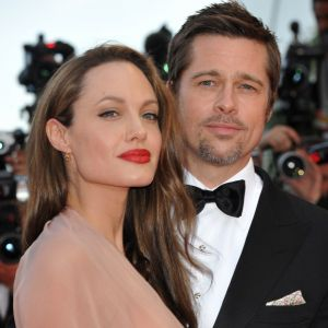 """Angelina Jolie divorcée de Brad Pitt : ses premières confidences sur sa """"période la plus dure"""""""