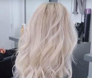EnjoyPhoenix change de tête : on dirait que la Youtubeuse a les cheveux gris !