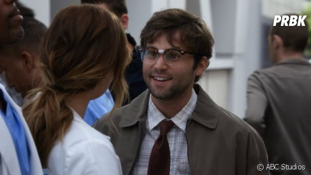 Grey's Anatomy saison 14 : Jake Borelli joue Levi