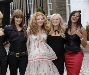 Spice Girls : Victoria Beckham, Geri Halliwell, Melanie Brown, Emma Bunton et Melanie Chisholm préparent leur come-back pour 2018 ?