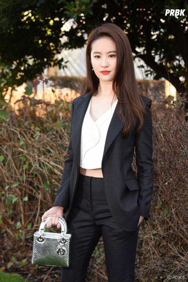 Mulan : Liu Yifei incarnera la jeune héroïne