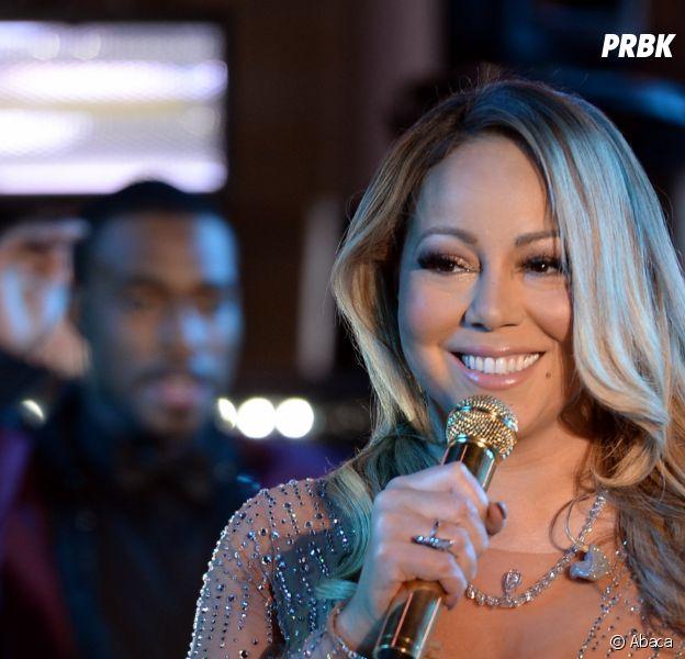 Mariah Carey a-t-elle le super-pouvoir de s'asseoir sur une chaise invisible ? La théorie WTF