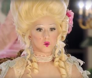 Katy Perry en Marie Antoinette dans le clip de Hey Hey Hey