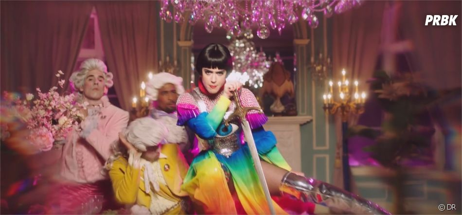 Katy Perry en Jeanne d'Arc dans le clip de Hey Hey Hey