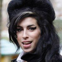 Amy Winehouse : son père avoue qu'il voit son fantôme