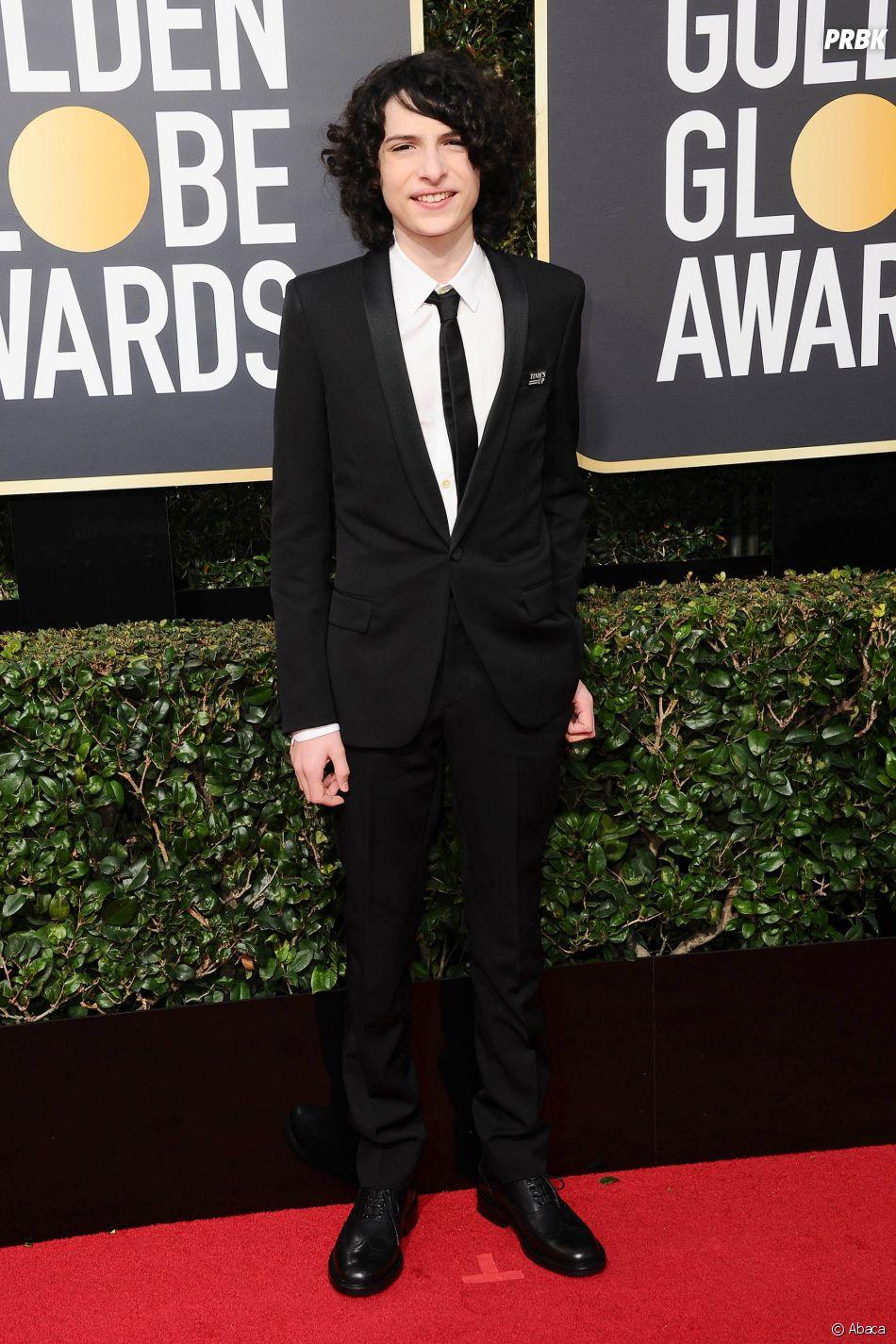 Finn Wolfhard sur le tapis rouge des Golden Globes 2018 le 7 janvier à Los Angeles