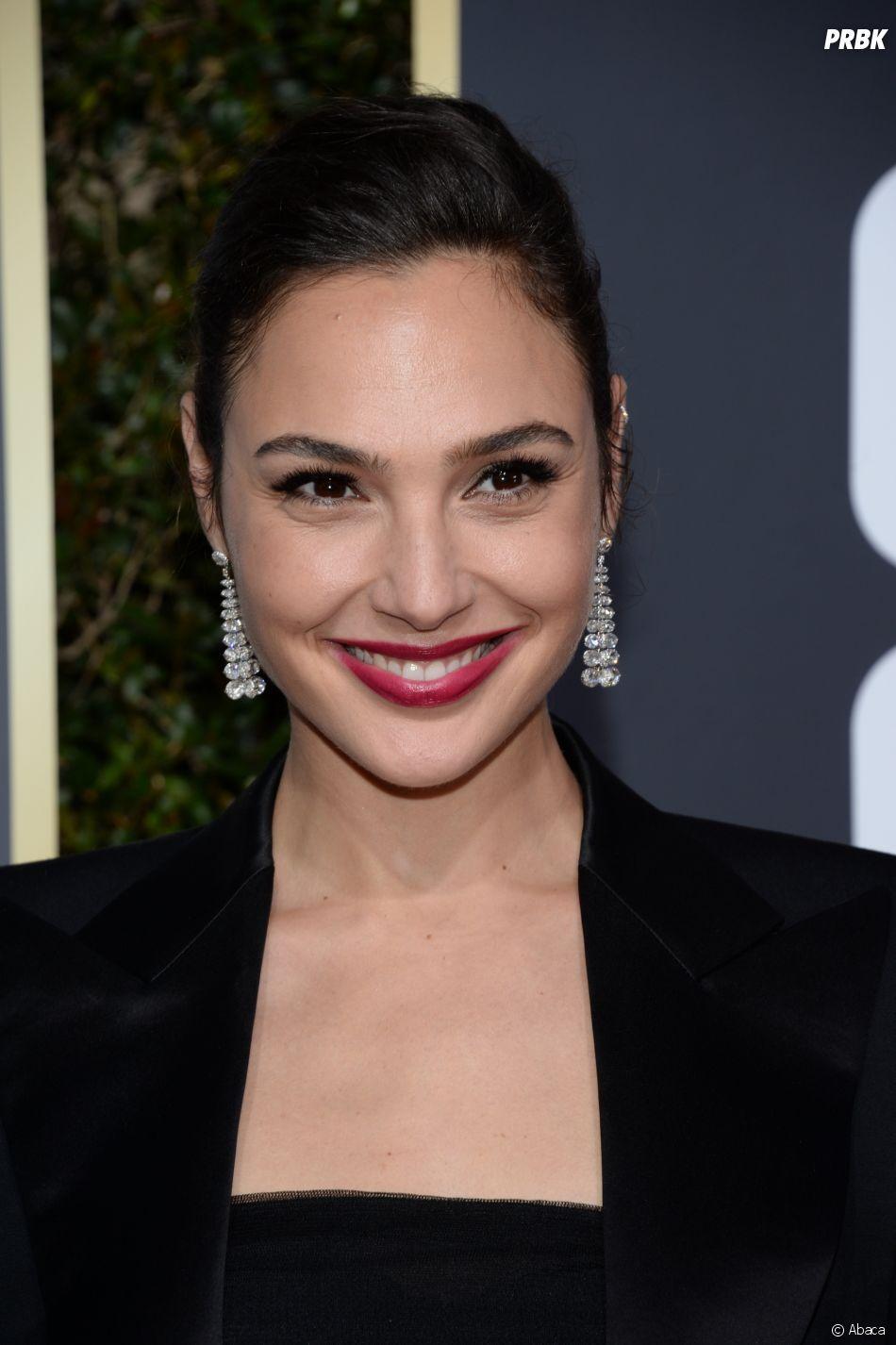 Gal Gadot sur le tapis rouge des Golden Globes 2018 le 7 janvier à Los Angeles