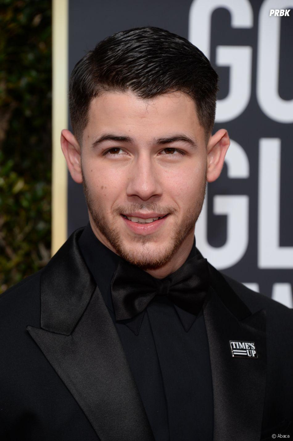 Nick Jonas sur le tapis rouge des Golden Globes 2018 le 7 janvier à Los Angeles