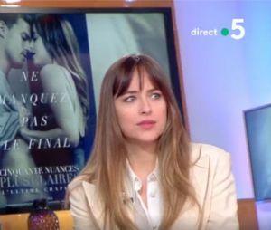 Fifty Shades Freed : Jamie Dornan et Dakota Johnson parlent des scènes de sexe dans Cà vous le 5 février 2018