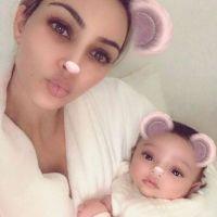 Kim Kardashian dévoile le visage de sa fille Chicago, les internautes déjà conquis