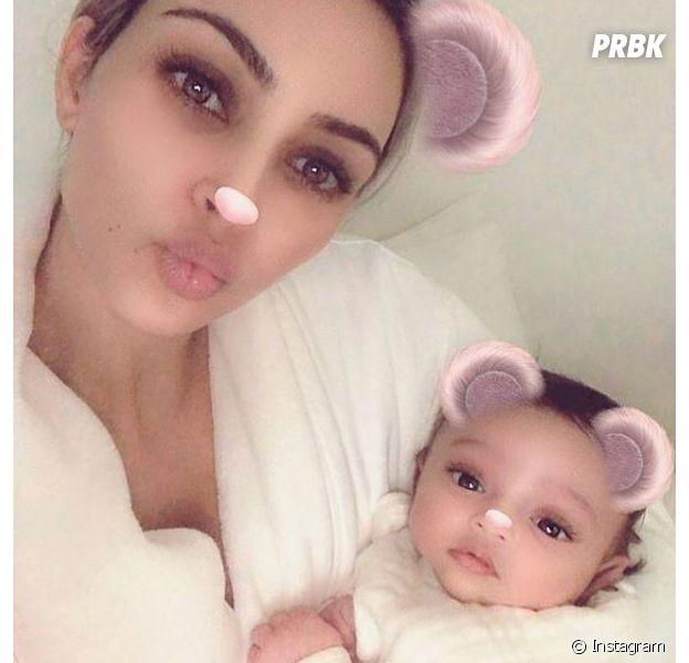Kim Kardashian dévoile enfin le visage de sa fille Chicago, une baby girl trop chou !