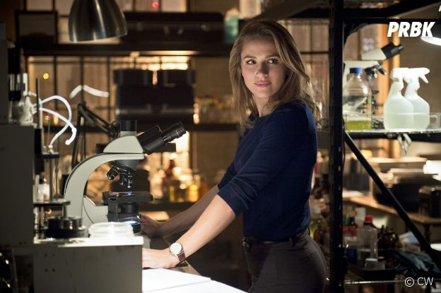 Shantel VanSanten dans The Flash