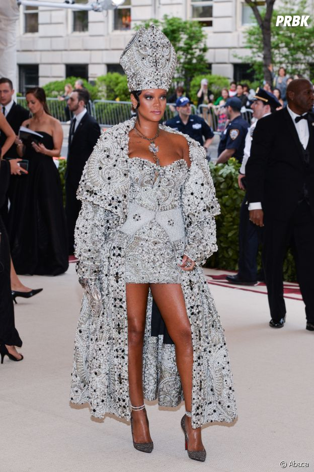 Rihanna sublime au MET Gala 2018 le 7 mai à New York