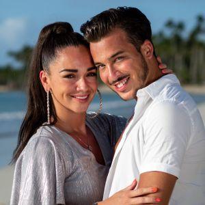 """Jazz (La Villa) et Laurent mariés : ils se sont dit oui """"en toute intimité"""" à Dubaï 🕊️"""