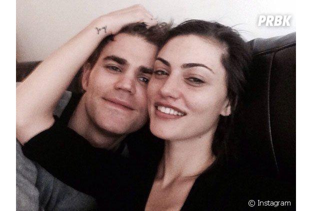 Ces couples formés sur le tournage d'un série : Paul Wesley et Phoebe Tonkin de The Vampire Diaries