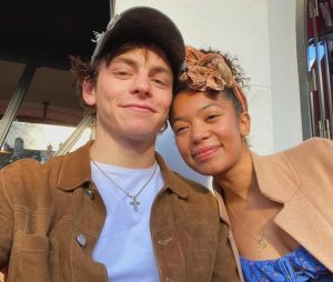 Ross Lynch en couple avec Jaz Sinclair : il la défend face aux messages racistes
