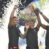 Kylian Mbappé, Adil Rami... Les champions du monde célébrés pour leur 1er match de L1 de l'année