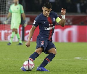 Thiago Silva : le capitaine du PSG cambriolé, le vol s'élèverait à 1 million d'euros.