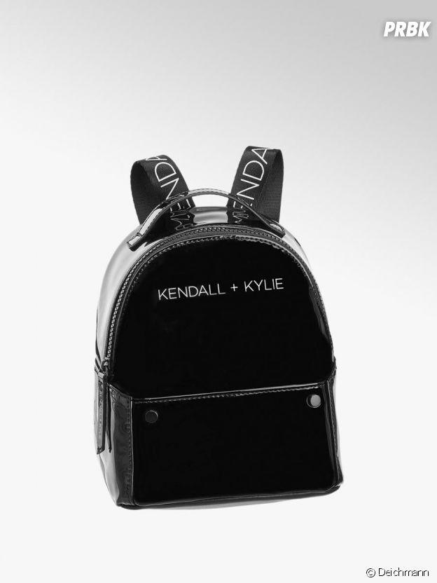 Kylie Jenner et Kendall Jenner pour Deichmann : le sac à dos Kendall + Kylie à 24,90€.