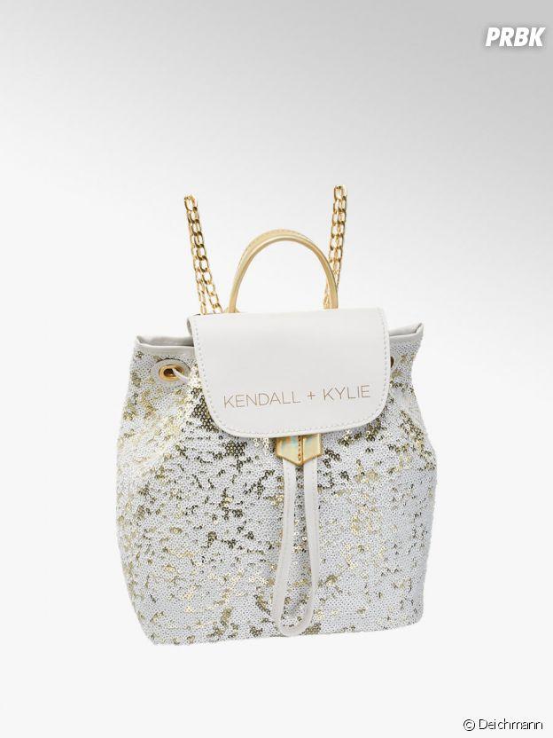 Kylie Jenner et Kendall Jenner pour Deichmann : le sac à dos Kendall + Kylie à 29,90€.