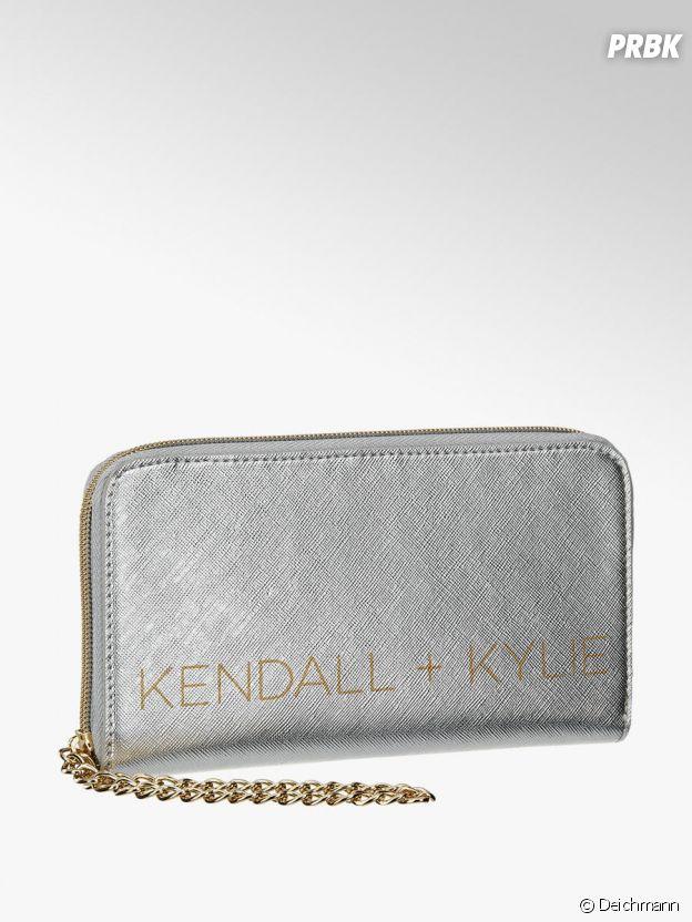 Kylie Jenner et Kendall Jenner pour Deichmann : le porte-monnaie Kendall + Kylie à 14,90€.