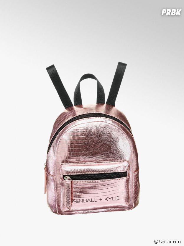 Kylie Jenner et Kendall Jenner pour Deichmann : le sac à dos Kendall + Kylie à 19,90€.