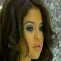 Selena Gomez ... Glissez-vous dans les coulisses du shooting photo de son album
