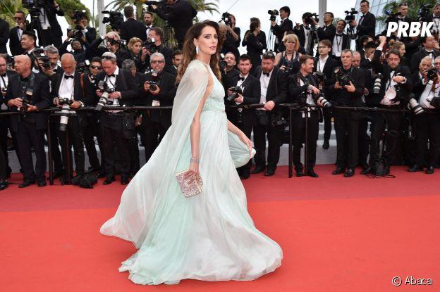 Frédérique Bel sur le red carpet, à l'ouverture de la 72ème édition du festival de Cannes