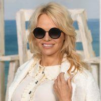 Pamela Anderson trompée par Adil Rami ? Elle dévoile les messages échangés avec Sidonie Biémont