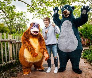 Antoine Griezmann célèbre le Festival du Roi Lion & de la jungleà Disneyland Paris